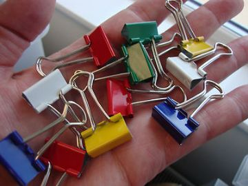 12 x MINI FOLDBACK GRIP CLIPS Assorted Mixed Colours 19mm
